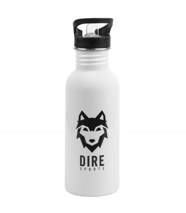 Witte DIREsports sport bidon met een zwart DIRE logo en DIRE SPORTS tekst bedrukt met drinktuit erop